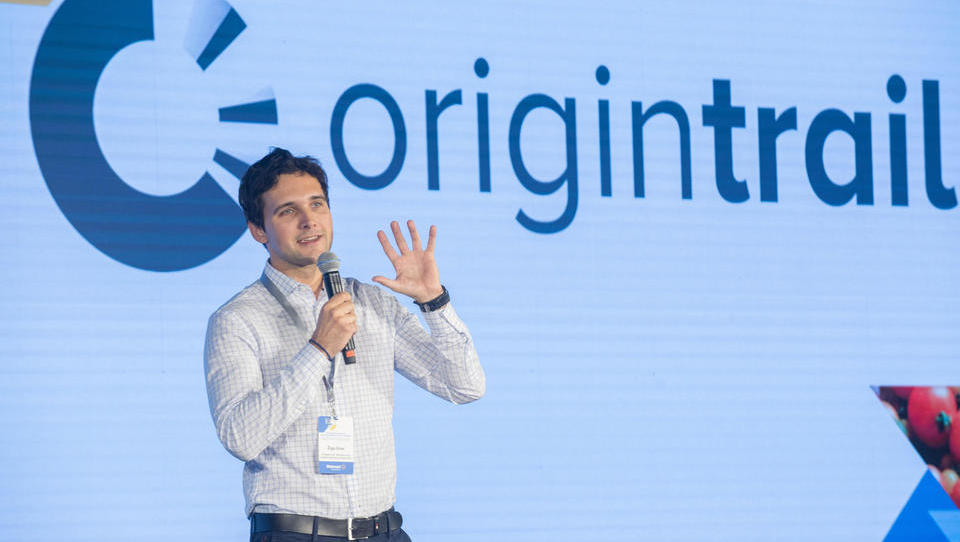 Walmart nagradil slovensko rešitev za varno hrano OriginTrail na blockchainu