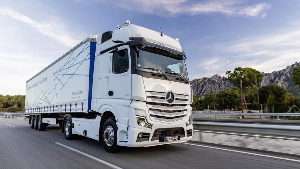 Daimler proizvodnjo tovornjakov širi na Kitajsko