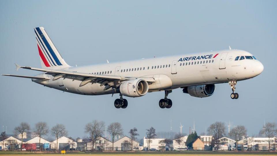 Air France z nizkocenovnikom za rast prihodkov