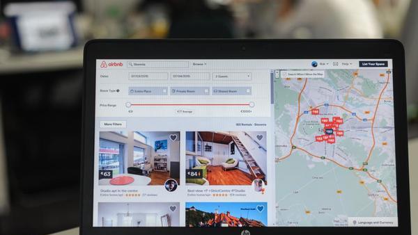 Airbnb: še bodo goljufije, če ne bo poenostavitev