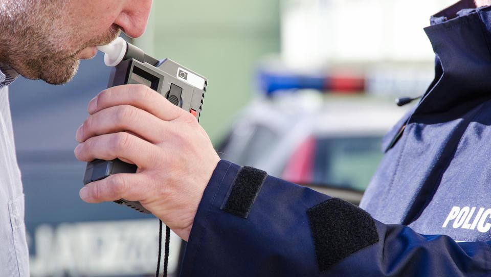 Agencija za varnost prometa poziva k ničelni toleranci do alkohola v prometu
