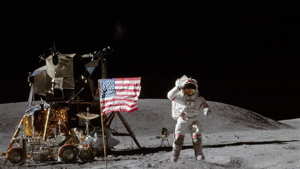 Človek na Luni, kako so ga videli Slovenci