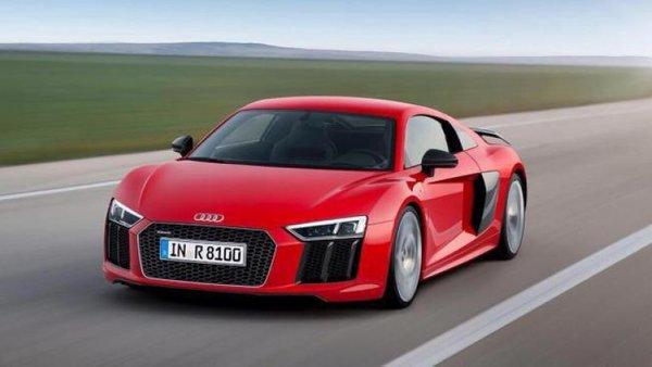 Audi R8 ponosno razkazuje mišice