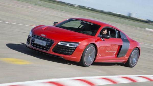 Električni Audi R8 bo le konkuriral BMW i8