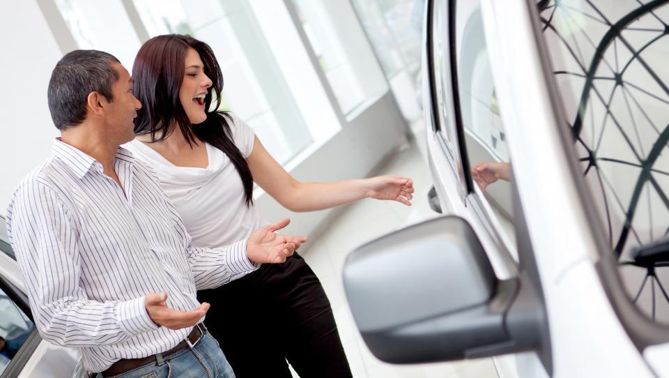 Pozitivna aprilska avtomobilska statistika
