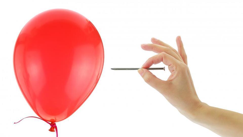 Pred vrati največji pok obvezniškega balona v zgodovini?