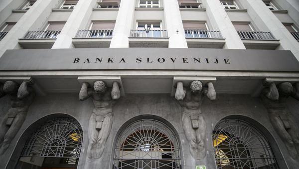 8 sporočil računskega sodišča o nadzorih BS in sanaciji bank