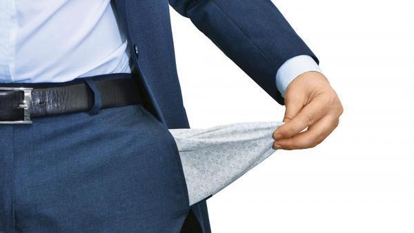 Denis Pere bo upnike poplačal 10-odstotno