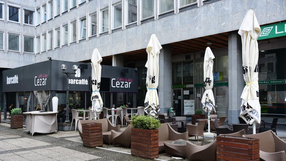 Gostinska priložnost na Bavarskem dvoru: naprodaj je bar Cezar