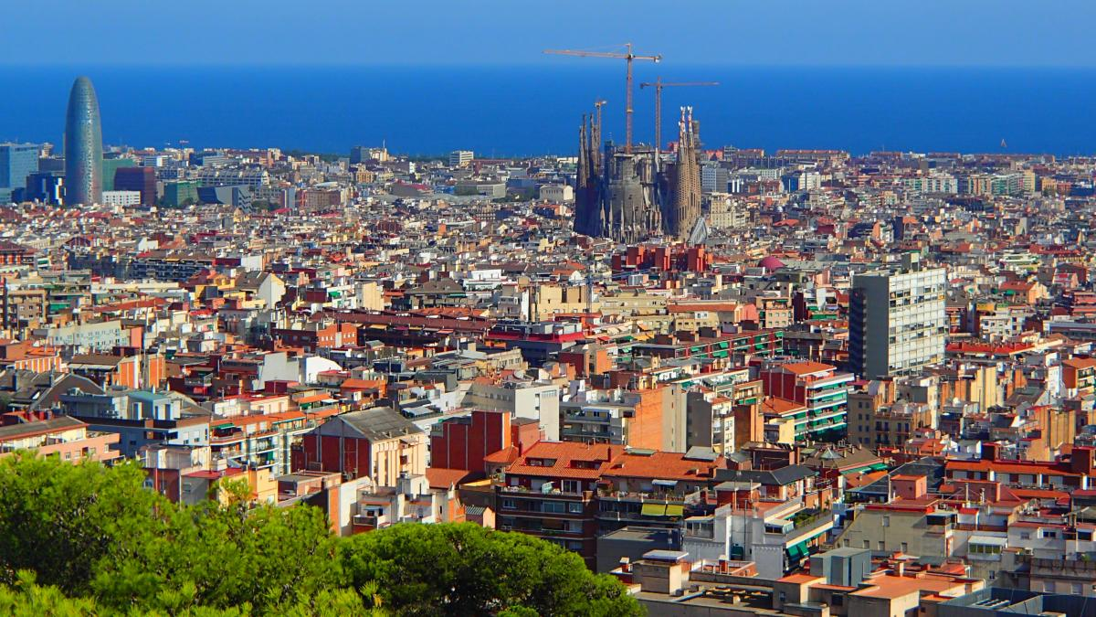 Blasfemija v Barceloni: Španski prepir o Gaudijevi Sagradi Familii: je to črna gradnja?