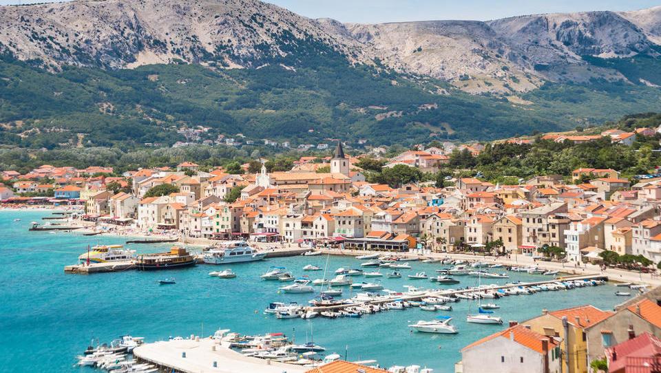 Dražbe od Istre do Dalmacije: ta stanovanja in hiše lahko kupite na hrvaški obali