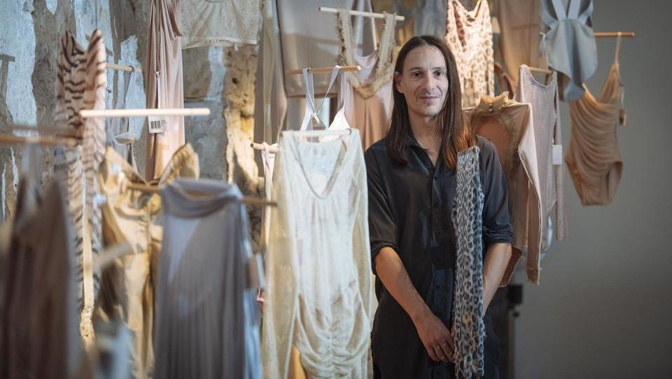 (intervju) Uroš Belantič: Moda ni več statusni simbol, poiskati si mora nove izzive