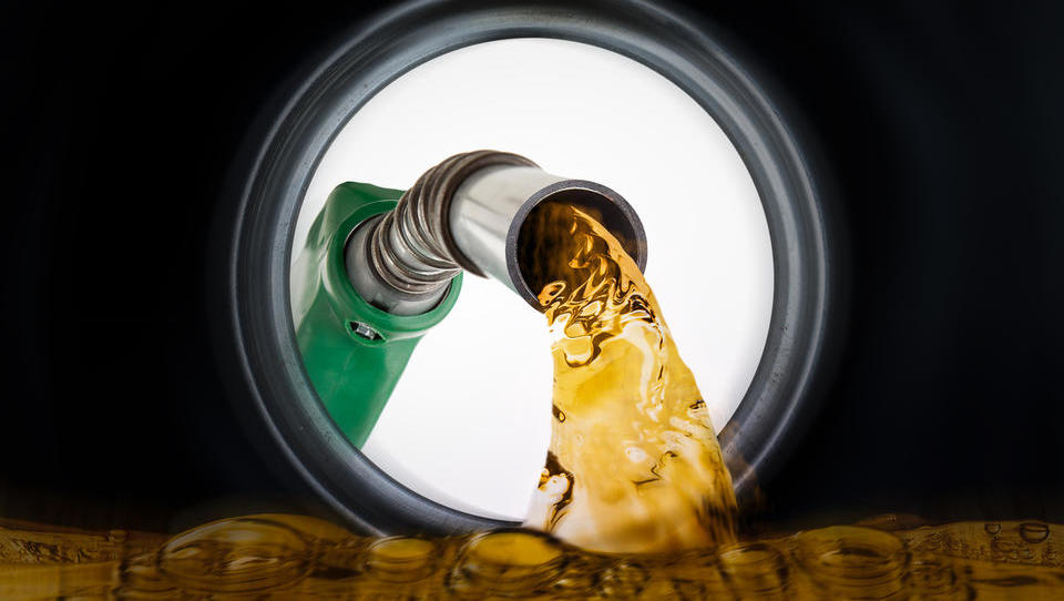 V torek podražitev dizla in bencina?