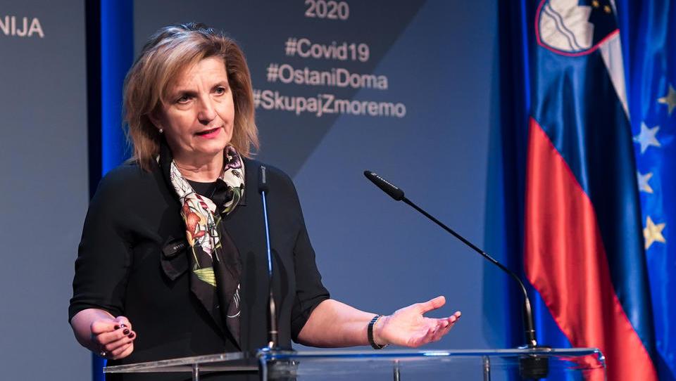 Bojana Beović: Modeli kažejo, da je epidemija pod nadzorom