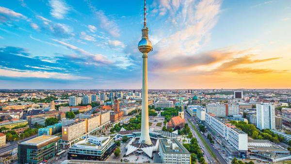 Uradno: nemški BDP je v tretjem četrtletju zrasel za 0,1 odstotka in država se je izognila recesiji