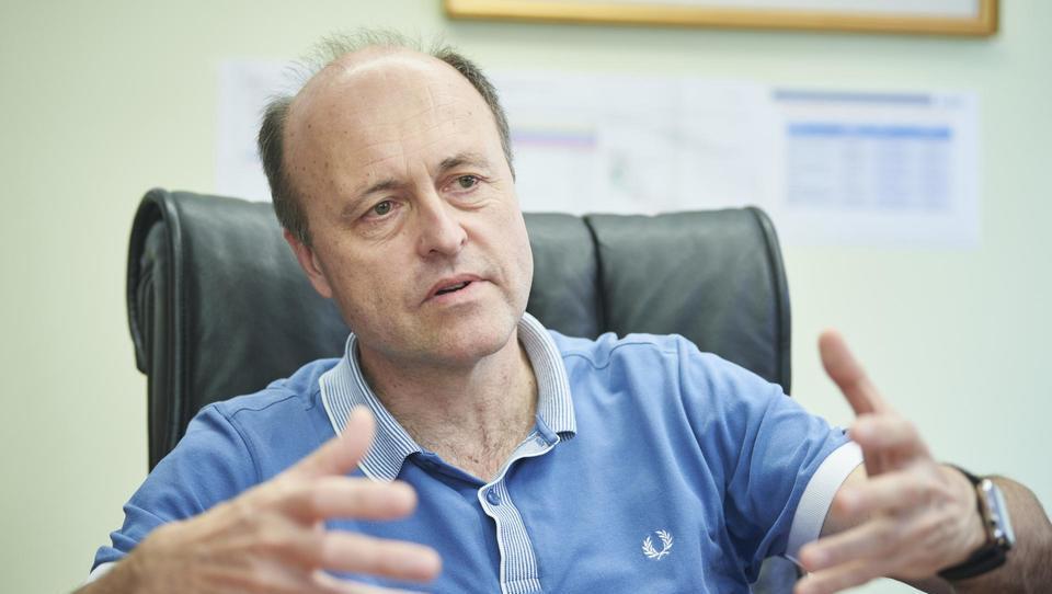 (intervju) V Slovenijo prihaja Teslina platforma za nadzor delovanja baterij in fotovoltaik