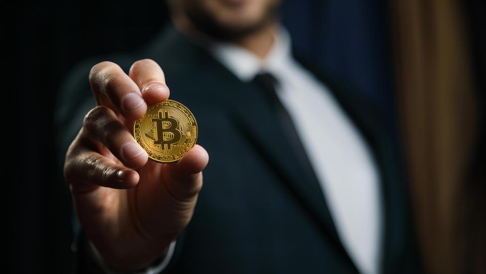 Japonska družba bo del plače izplačevala v bitcoinih