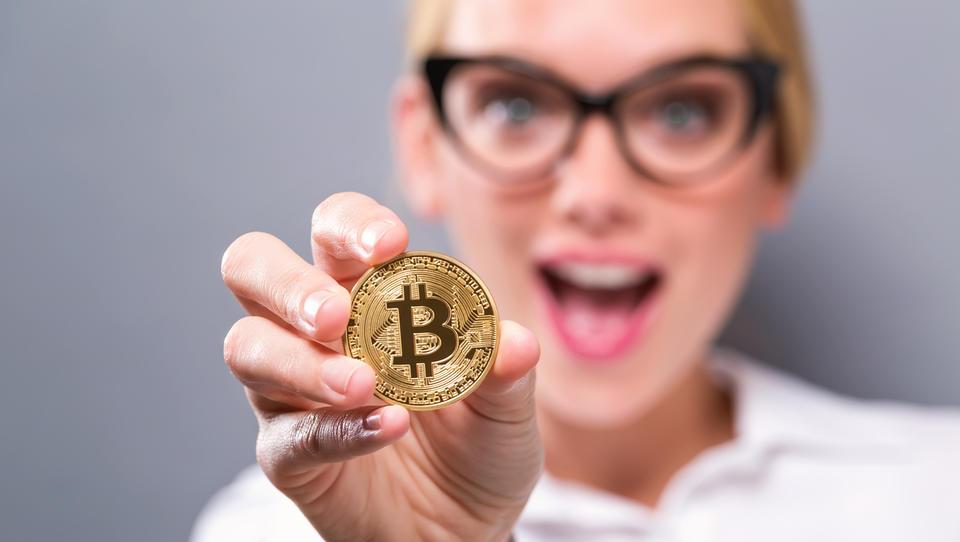 (kriptomanija) Bo bitcoin prilezel do 20 tisočakov? Se ga splača zdaj kupiti?