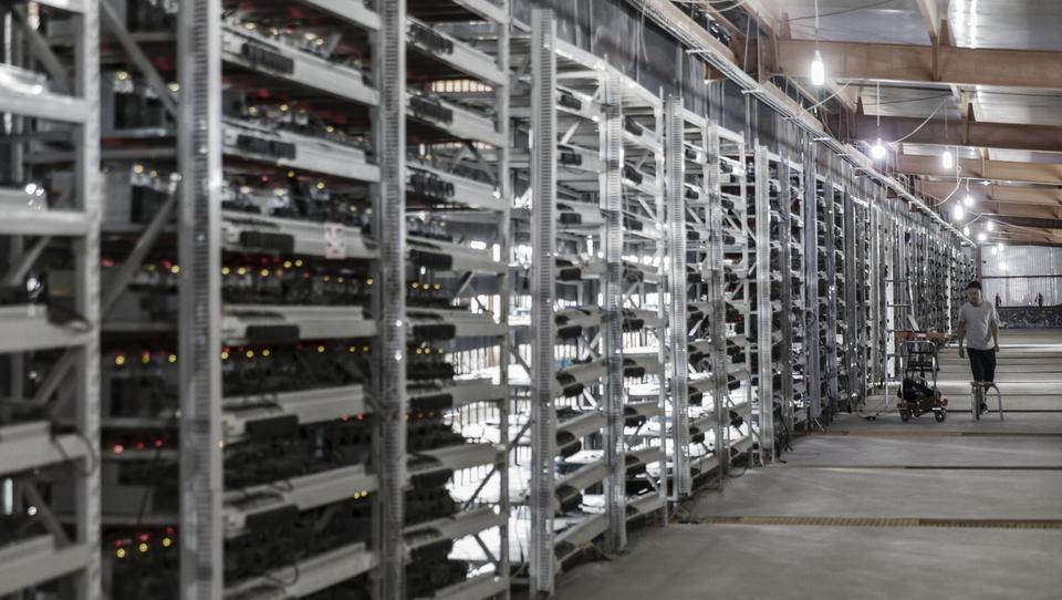 (video) Koliko energije pokuri bitcoin in koliko izpustov ustvari