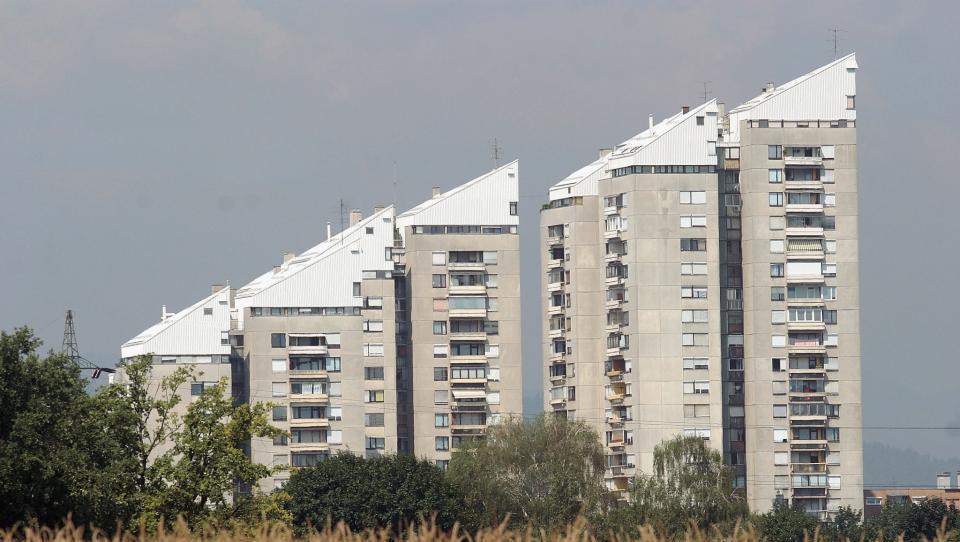 Predlog MF: banke bodo morale državi plačati za poroštvo za stanovanjska posojila
