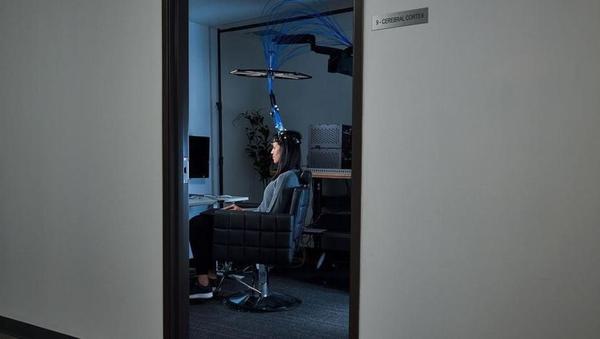 Kernel: zagonsko podjetje, ki vam želi prebrati misli s pomočjo čelade