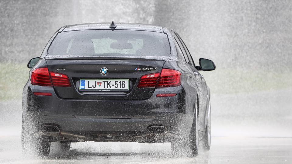 BMW aprila z novim rekordom prodanih avtomobilov