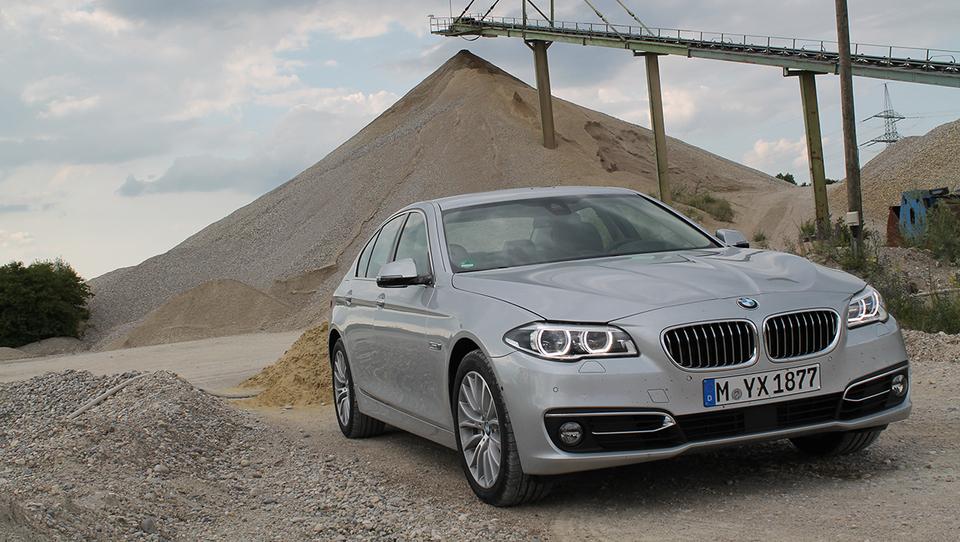 BMW 5 najbolj prodajan poslovni avto na svetu
