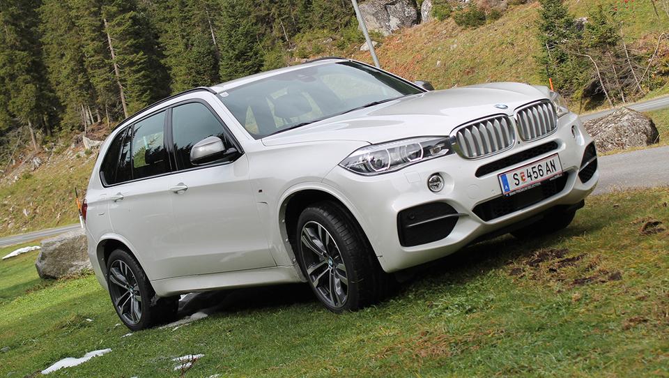 BMW se dobro oklepa vodilnega položaja