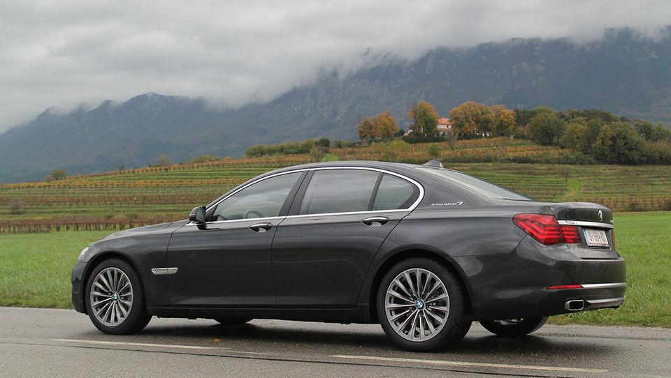 BMW 'zabetoniral' vodstvo med prestižneži