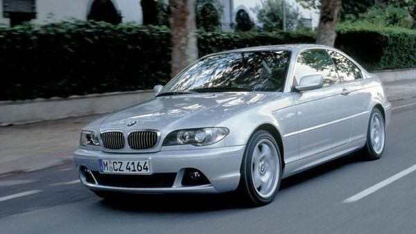 BMW v vpoklic 1,6 milijona 'trojk'