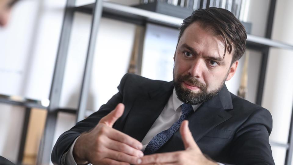 Labena odpira nove laboratorije za širitev k zahodnoevropskim farmacevtom