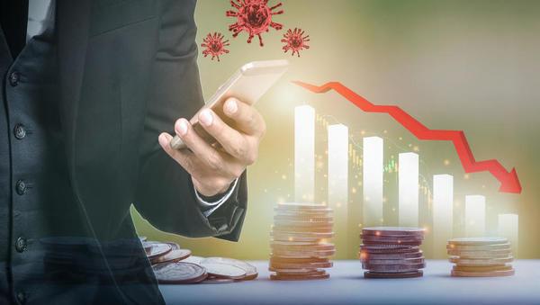 Slovenski BDP se je lani skrčil za 6,1 odstotka