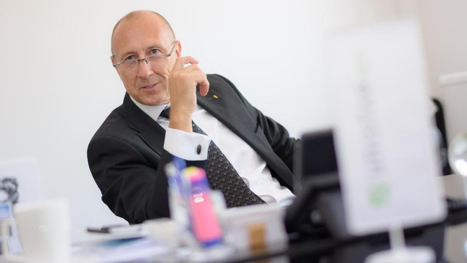 Miran Boštic prodal Unistar italijanski skupini DBA
