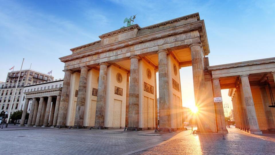 Pet inštitutov izboljšalo napoved o rasti nemškega gospodarstva