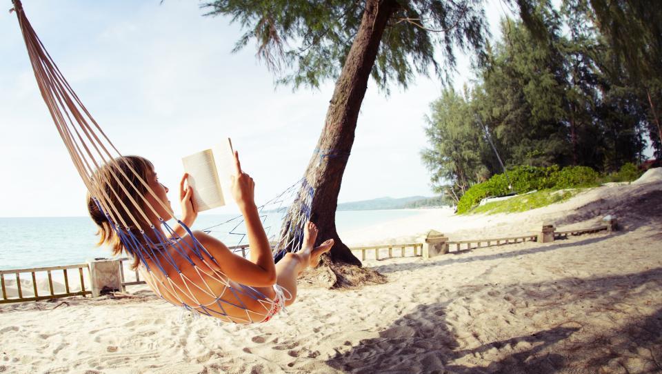 Katere knjige morate prebrati to poletje