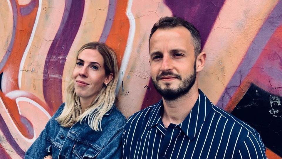 (intervju) Brina Brate in David Pivk iz Amsterdama, evropskega doma številnih multinacionalk