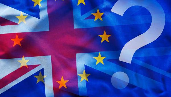 Kaj zdaj z brexitom