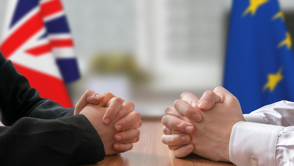 Dve od petih podjetij že čutita posledice brexita