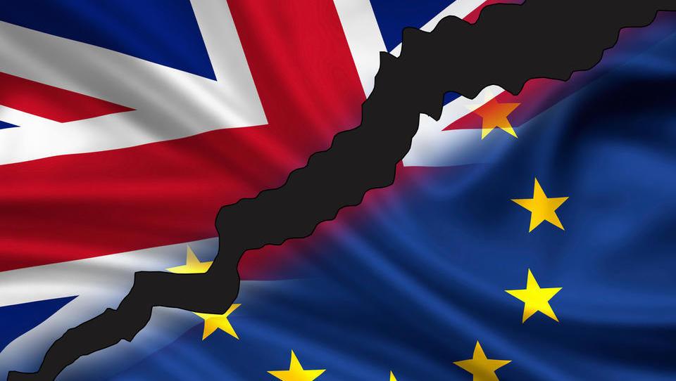 Vnovični odlog brexita: za nekatere olajšanje, za evropske volitve pa velik stres