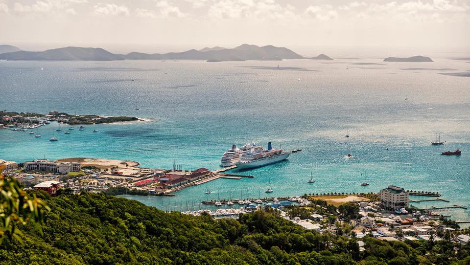 Britanski Deviški otoki: sonce, pesek in več kot bilijon evrov vredno skrivnostno offshore gospodarstvo