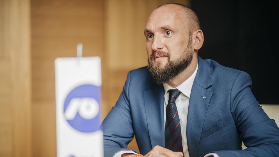 Čeh Petr Brunclík tudi uradno član uprave NLB