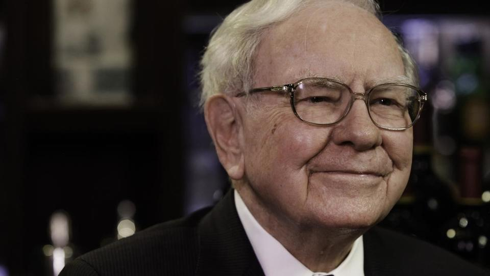Finančni guru Buffett dvignil Apple