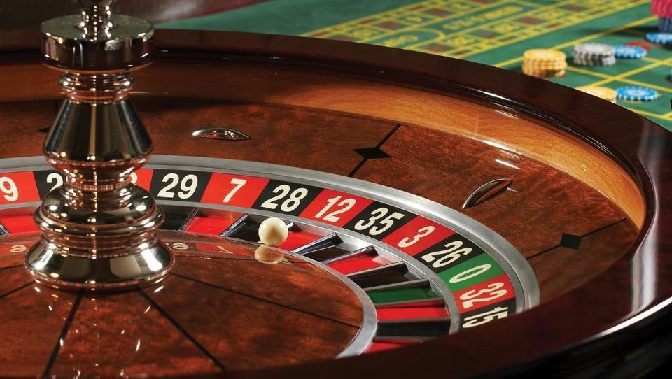 Podnebne spremembe kot kazino: ne vemo, kaj prihaja. Bo pa nevarno.
