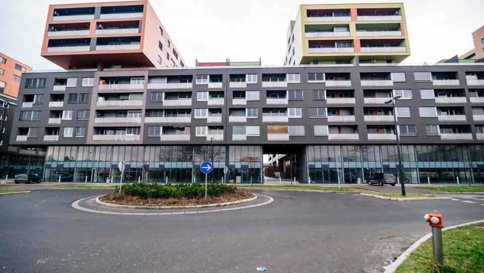Celovški dvori: DUTB objavila cene, začenja se prodaja zadnjega paketa stanovanj