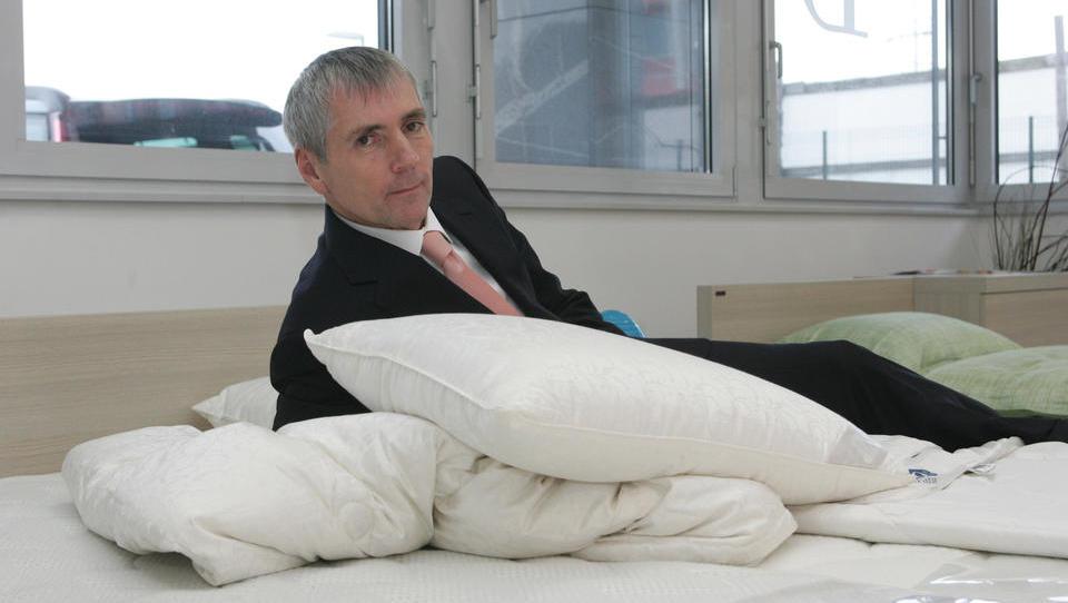 Sandi Češko prodal svoj delež v holdingu Studio Moderna – ukvarjal se bo le še z ležišči in letalskimi sedeži