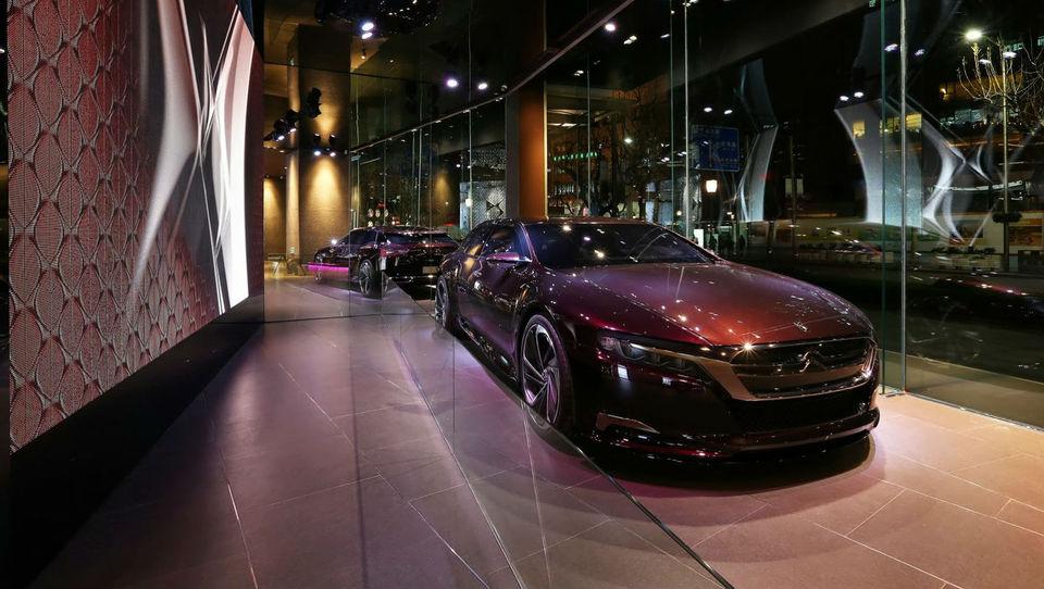 Citroën si z DS utira pot med bogate Kitajce