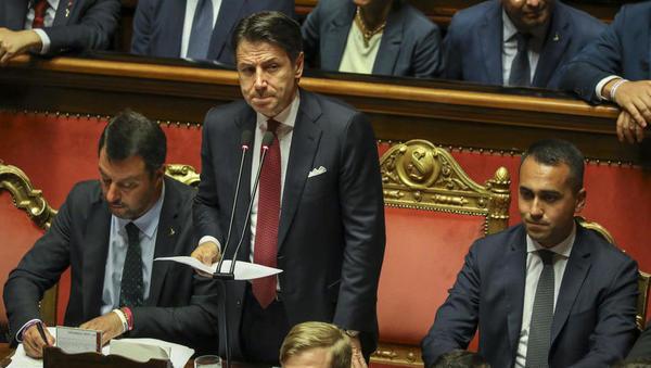 Italijanska vlada je padla - premier Conte je napovedal svoj odstop