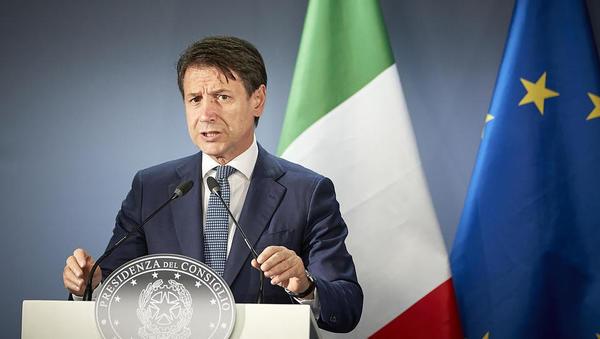 Koronavirus: kako namerava italijanska vlada pomagati prizadetim podjetjem