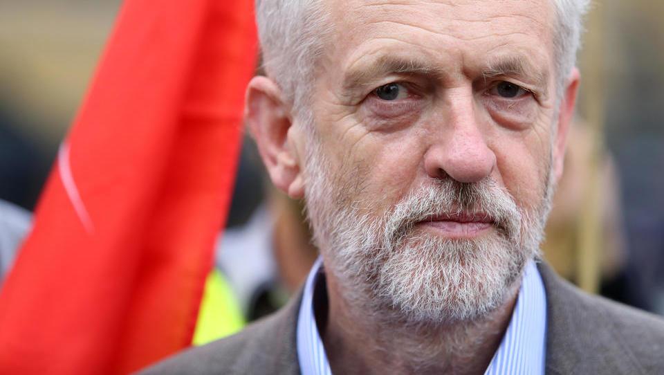 Prvi britanski laburist Corbyn sporoča: Nadstrankarski pogovori o brexitu so propadli