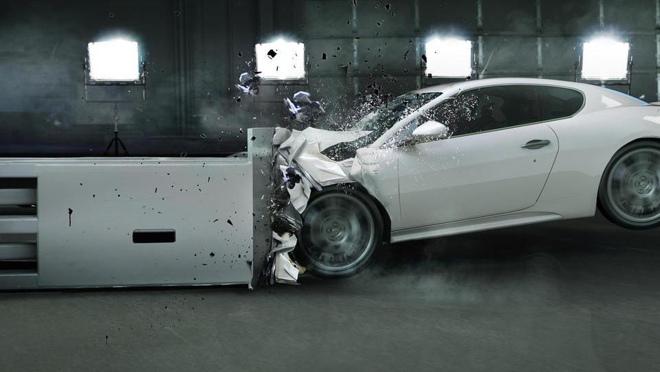Kako se ohlaja avtomobilska industrija; naročila ponekod upadla za 15 odstotkov